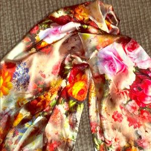 Accessories - Authentic Italian 100% silk floral scarf